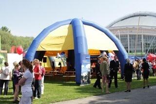 Ilmarunkoinen teltta
