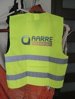 Turvaliivi logoineen Aarre Isännöinti