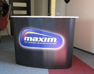 Maxim pöytä