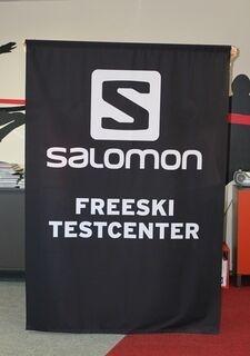 Salomoni bänner