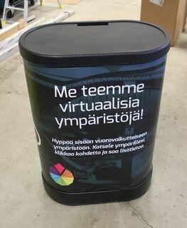 Esittelypöytä Visumo.fi