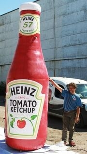 Ilmalla täytettävä tuotekopio Heinz