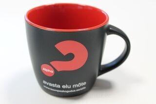 Logolla muki Alpha