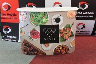 Kahvilan Vigri uusi mainospöytä