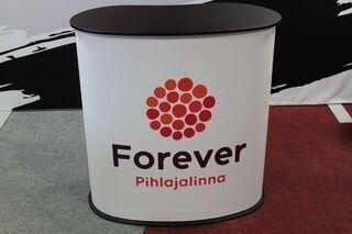 Forever mainospöytä