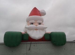 4 metrinen joulupukki